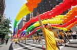 Gay-pride-parade-marks-40th-anniversary-of-Stonewall-riots-in-New-York_23