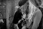 alternative-black-and-white-fashion-gay-girls-Favim.com-257348