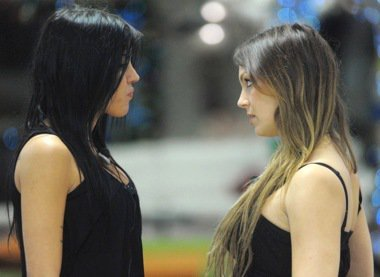 Sarah y veronica hacen el amor [PUNIQRANDLINE-(au-dating-names.txt) 44